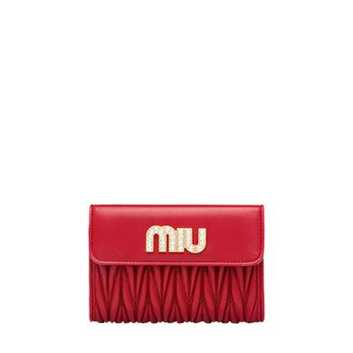 40代に人気のミュウミュウの財布