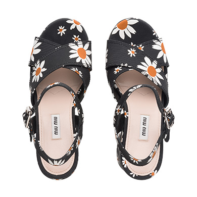 Dona Michi Womens Flip Flop with Glitter Straps and Comportable Footbed Cool Looking Style/_Grey/_7