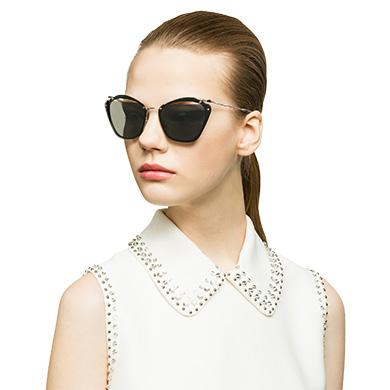 6f762bc1918 ... Miu Miu Noir eyewear with cut-out lenses MiuMiu MIRRORED CARBON LENSES  ...